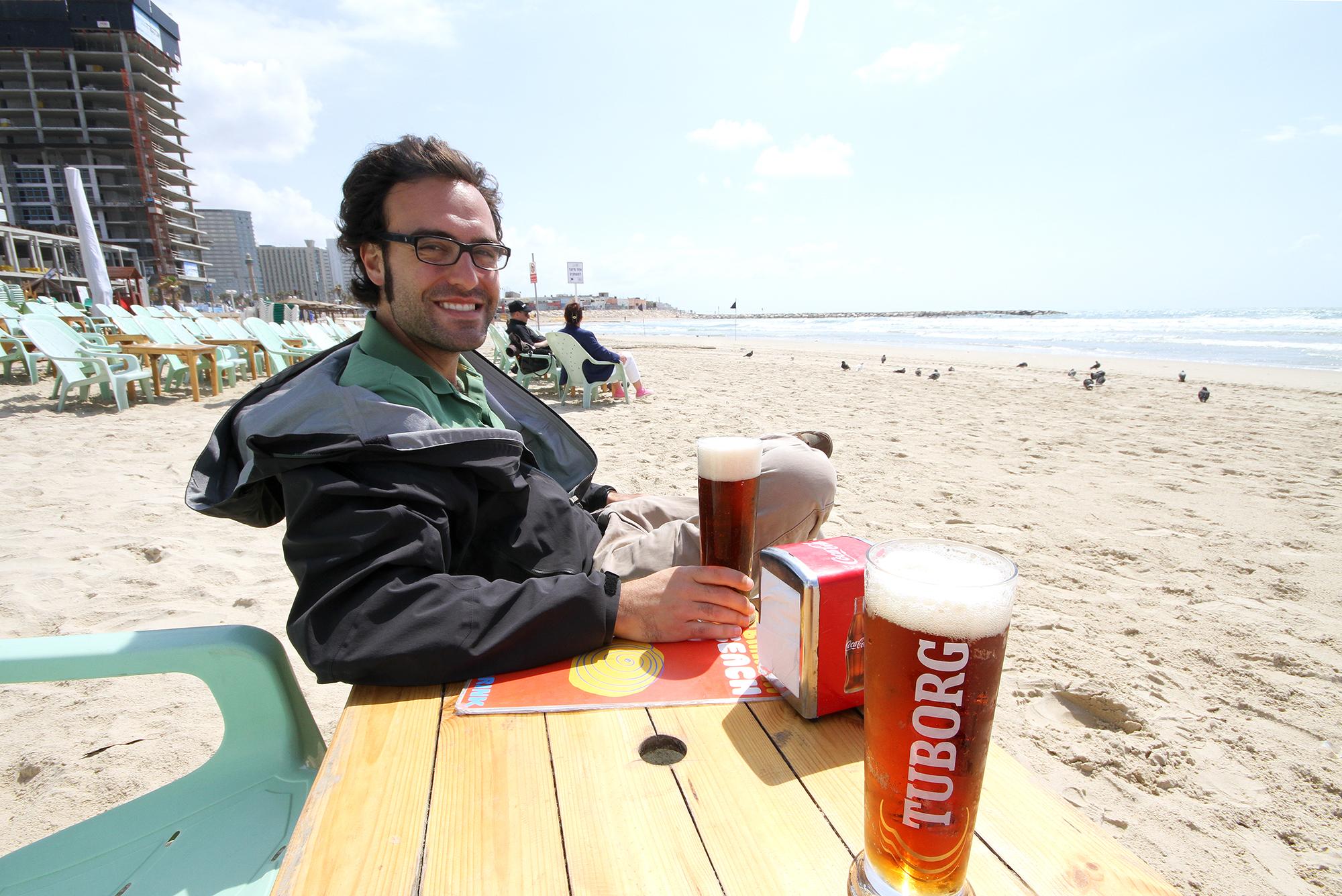 Tel Aviv beach bar